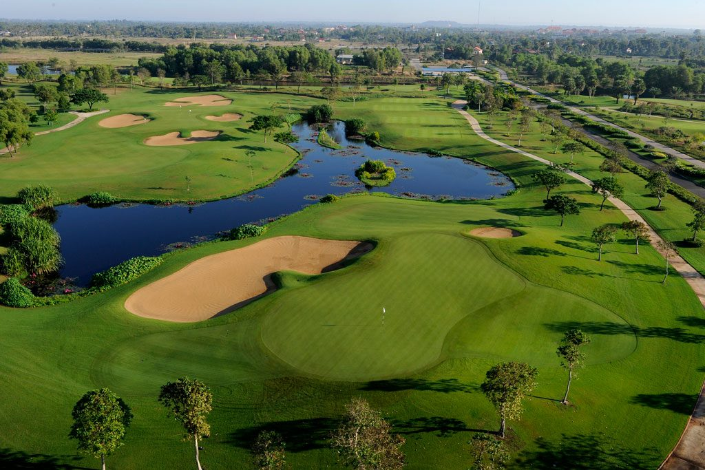 Angkor Golf Resort - hole 9
