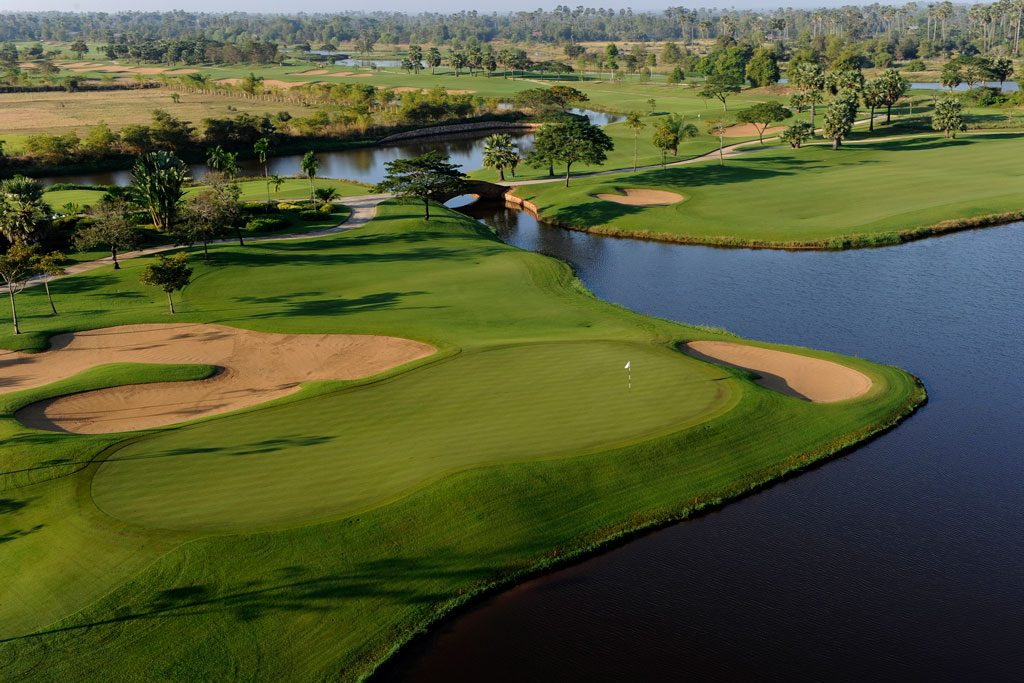 Angkor Golf Resort - hole 11